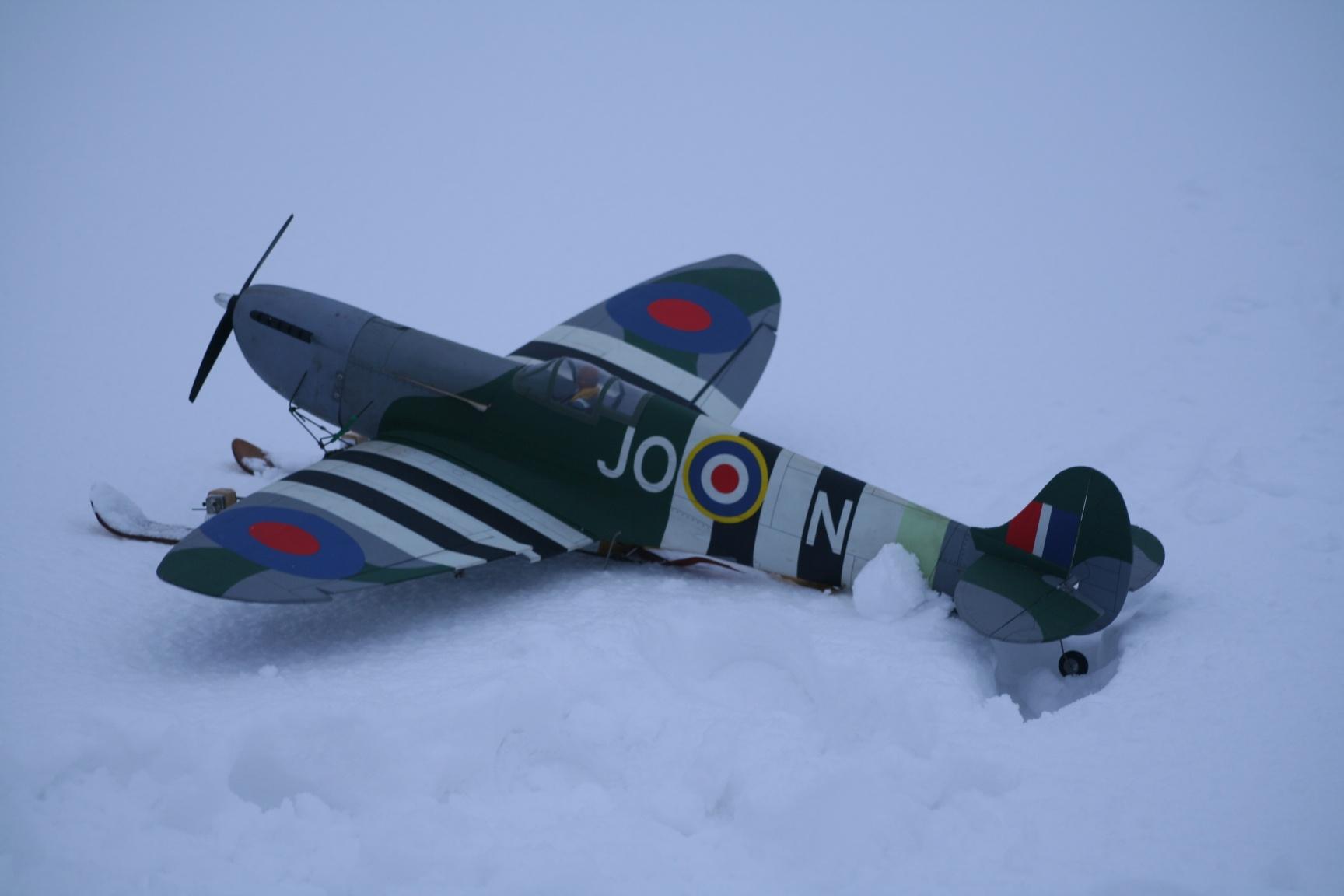 Spitfire On Ski's