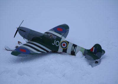 Spitfire-On-Skis