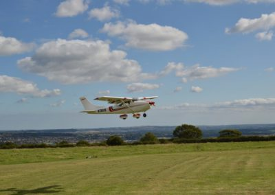 Top-Flite-Cessna-182-Approach